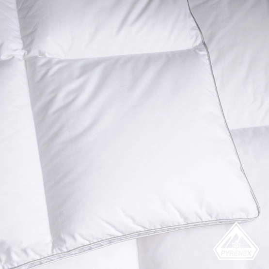 article couette 90 duvet 250g m. Black Bedroom Furniture Sets. Home Design Ideas