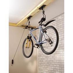 Lève vélo pour rangement