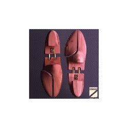 Embauchoir chaussures homme